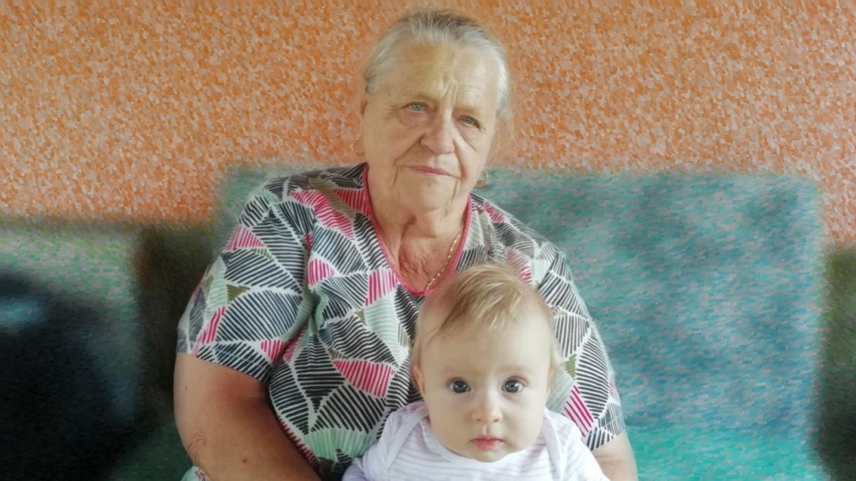 Oslava narozenin babičky Anežky Rozsívalové